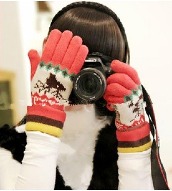 Перчатки новогодние нежные